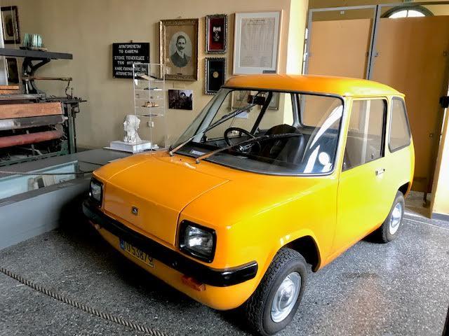 Το ENFIELD 8000 στην τεχνόπολη στο Γκάζι