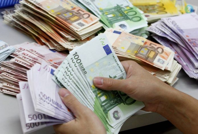 Χρηματοδοτήσεις στους Δήμους Σύρου, Άνδρου και Φολεγάνδρου για να πληρώσουν ληξιπρόθεσμα