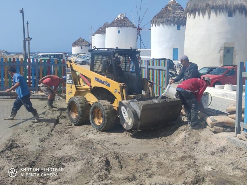 Ο Δήμος Μυκόνου αναβαθμίζει τις παιδικές χαρές στο νησί