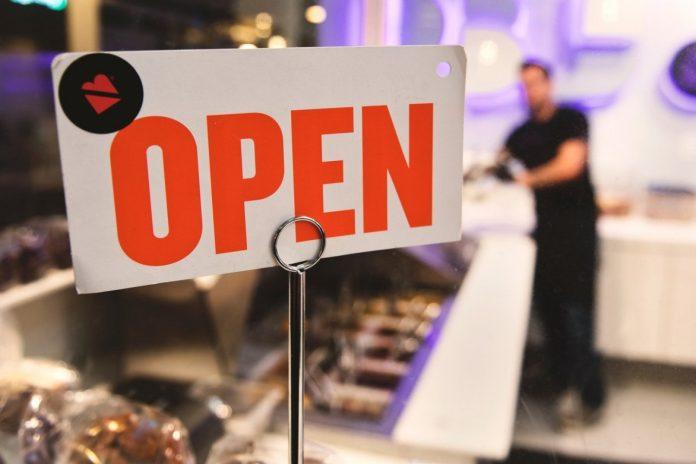Εμπορικά καταστήματα – λιανεμπόριο: Πότε θα ανοίξουν, από τις πρώτες περιοχές οι Κυκλάδες λόγω χαμηλού επιδημιολογικού φορτίου