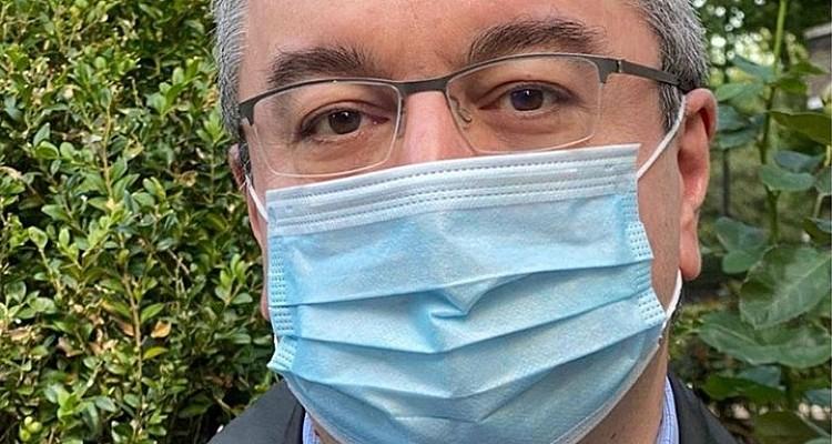 Μόσιαλος: Ο πληθυσμός μειώνεται λόγω αντιεμβολιαστών και όχι λόγω Γκέιτς